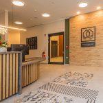 Blick in die Eingangshalle des Hotel Neues Pastorat